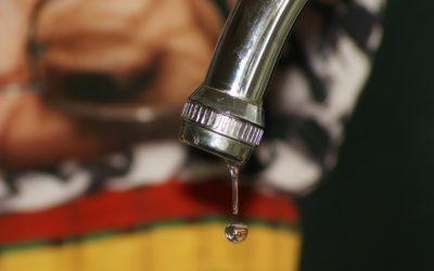 Un des robinets de mon installation fuit. Est-ce grave ?